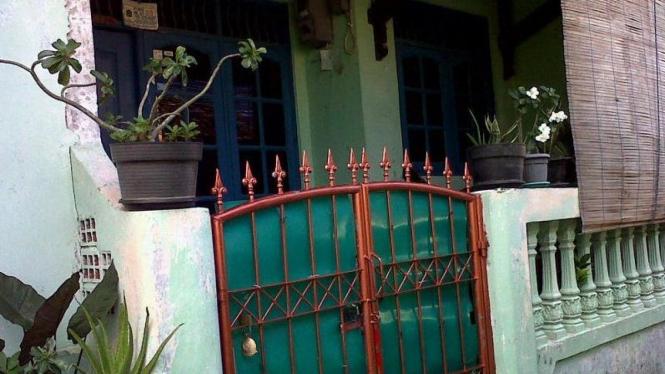 Rumah Fransisca Anastasya alias Icha alias Rahmat Sulistyo
