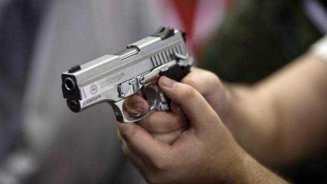 Pameran senjata di Brasil