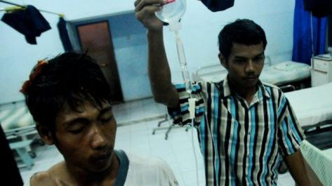 Korban bentrokan aparat TNI AD dengan warga desa Setrojenar, Kebumen
