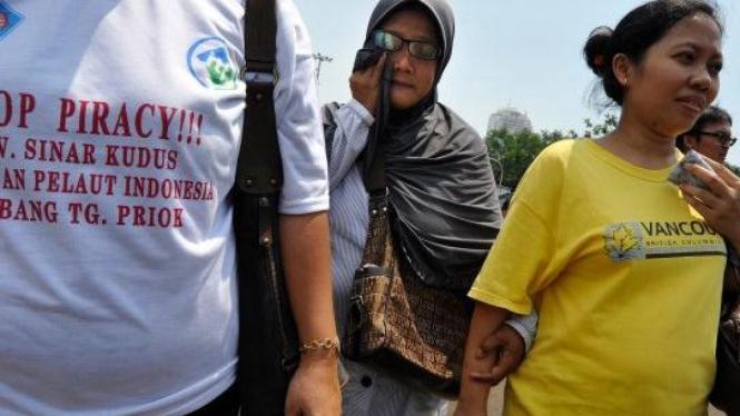Keluarga pelaut Indonesia yang disandera perompak Somalia