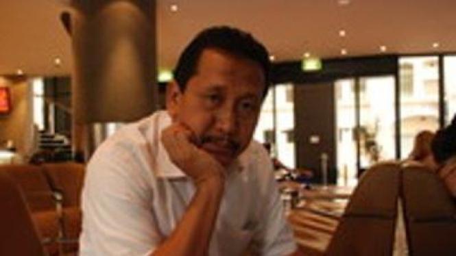 Purwo Santoso, Guru Besar Ilmu Pemerintahan UGM