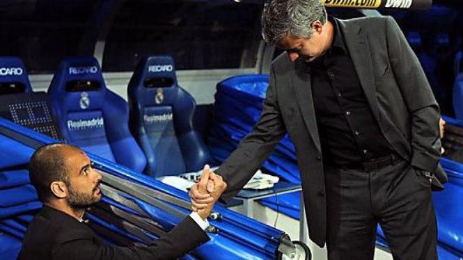 Jose Mourinho (kanan) & Pep Guardiola