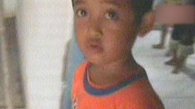 Aditya, bocah 5 tahun yang merawat ibunya