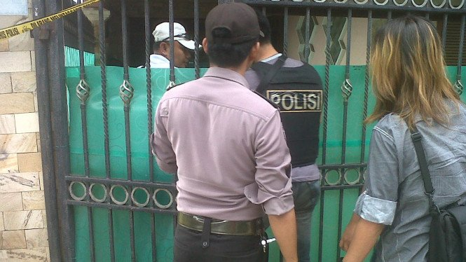 Polisi geledah rumah mertua Pepi Fernando di Bekasi