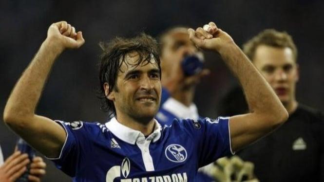 Raul Gonzalez (Schalke 04)
