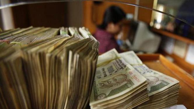 Uang kertas pecahan 500 rupee di India