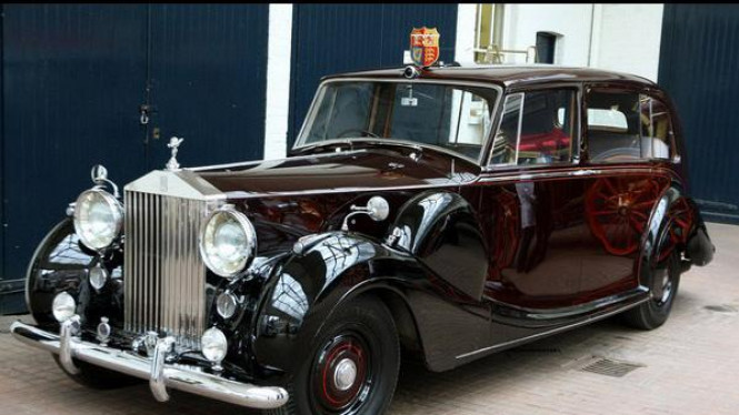 Rolls-Royce Phantom VI tahun 1977