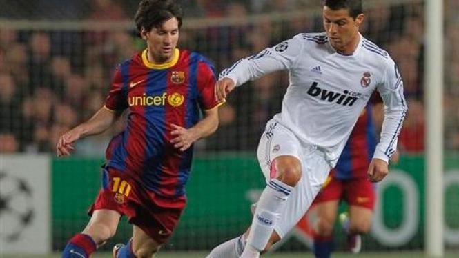 Lionel Messi (FC Barcelona) vs Cristiano Ronaldo (Real Madrid)