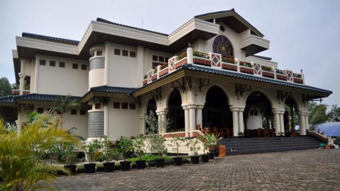 Pondok Pesantren  Al-Zaytun