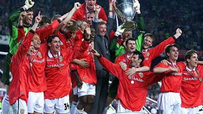 Manchester United ketika juara Liga Champions 1999
