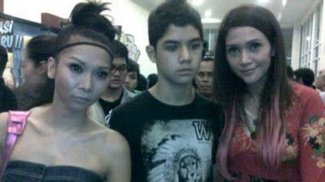 Meychan, Maia & Al