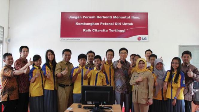 LG Loves Indonesia