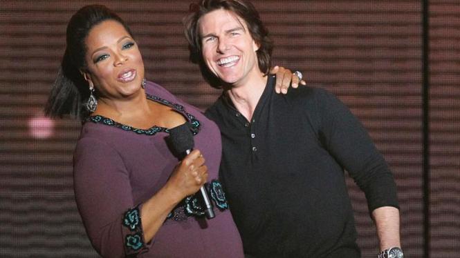Tom Cruise menghadiri acara perpisahan spektakuler Oprah