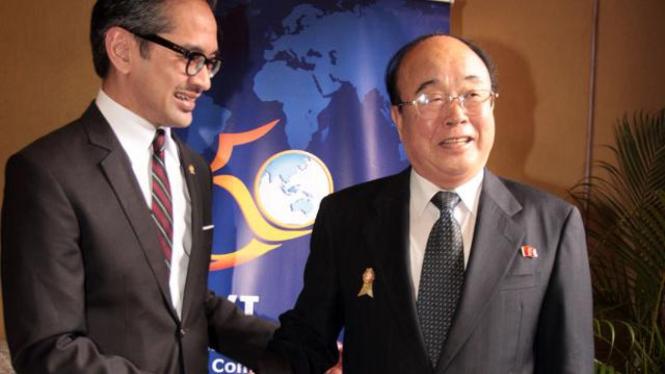 Marty Natalegawa dan Pak Ui Chun