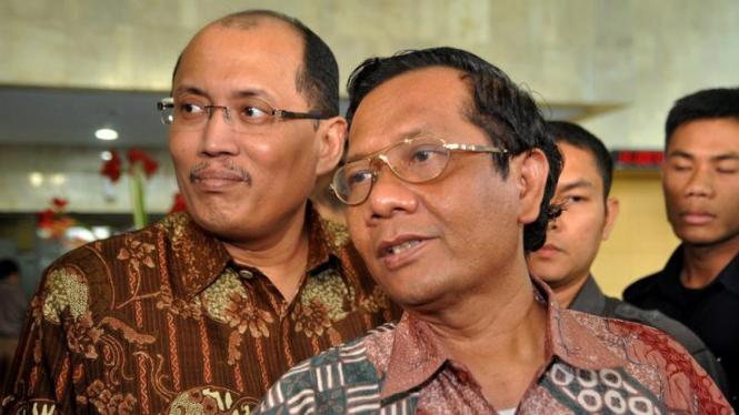 Mahfud MD & Janedri M. Gaffar Kunjungi KPK