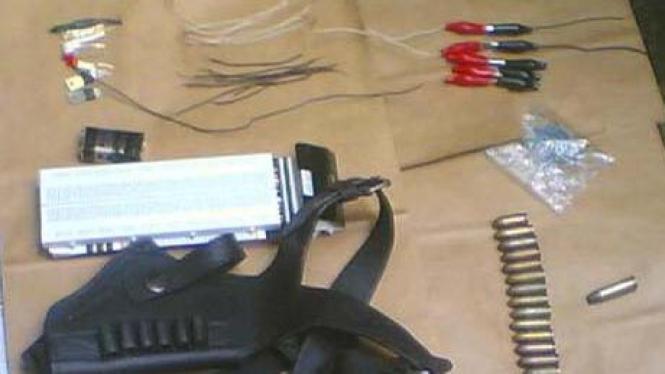 Barang bukti di rumah tersangka teroris Cirebon, Mushola