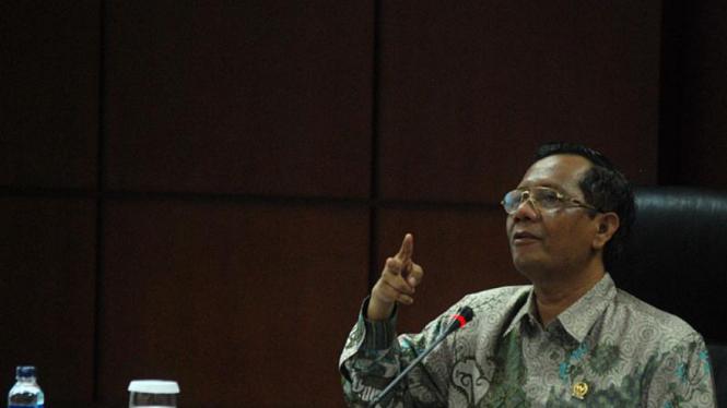 Rapat Konsultasi Antara MK Dan Komisi III DPR
