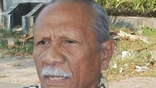 Peter A Rohi, penggagas Prasasti Bung Karno (Foto: Tudji Martudji, VIVAnews)