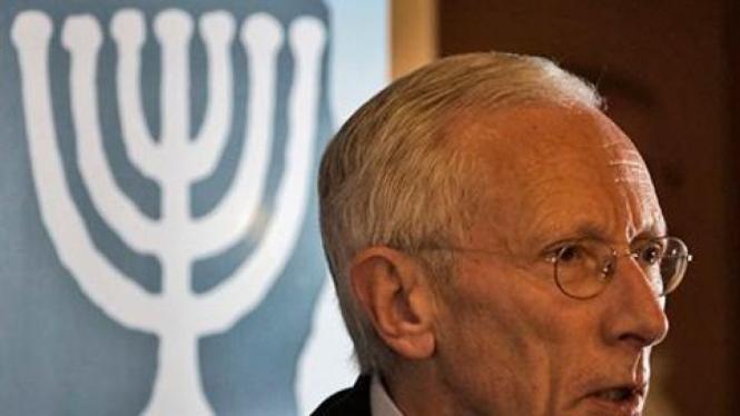 Gubernur Bank Israel, Stanley Fischer.
