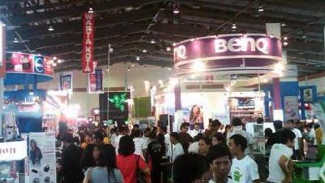 Suasana pameran Festival Komputer Indonesia 2011