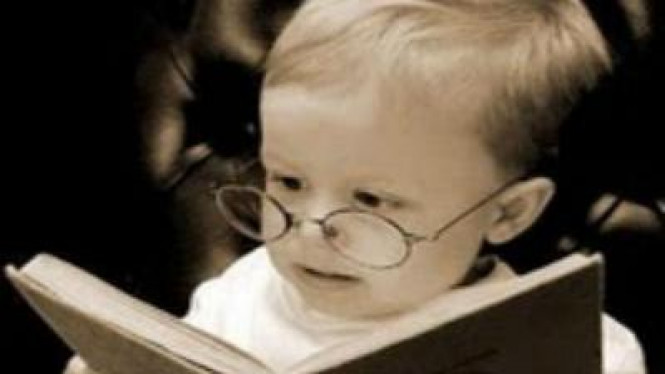 Ilustrasi Anak Cerdas