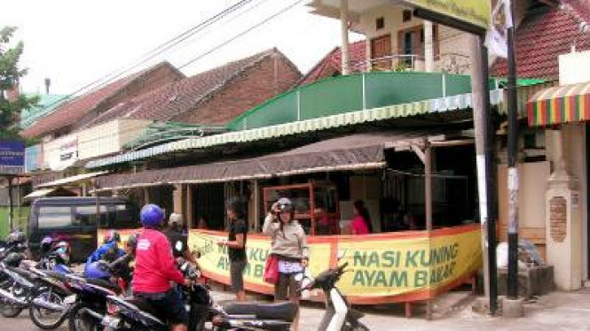 Nasi Kuning Babarsari