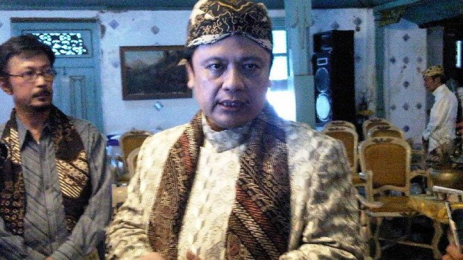 Sultan Kasepuhan Cirebon, PRA Arief Natadiningrat SE (Foto: Reza Putra, Cirebon)