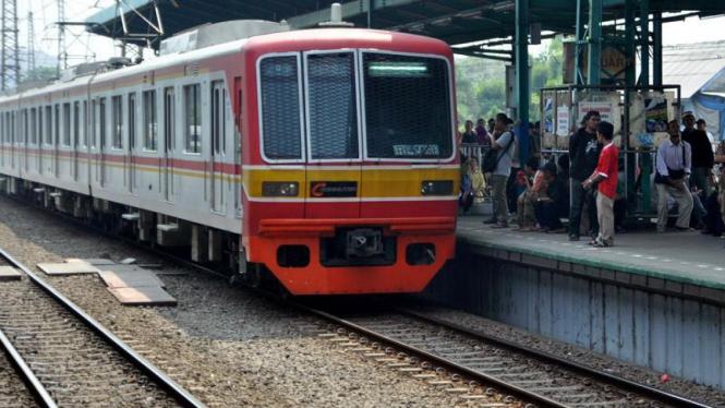 Kereta KRL Commuter Line