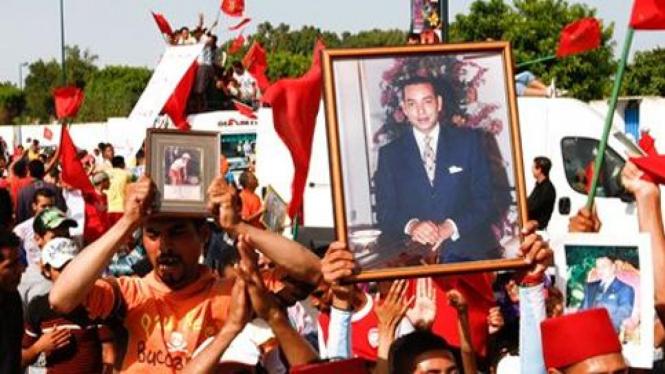 Rakyat Maroko berdemo di Casablanca.