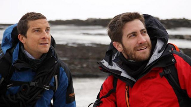 Jake Gyllenhaal dan Bear Grylls