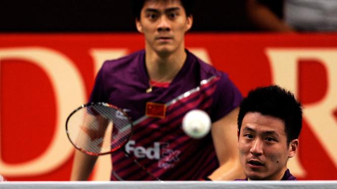 Fu Haifeng (kiri) dan Cai Yun