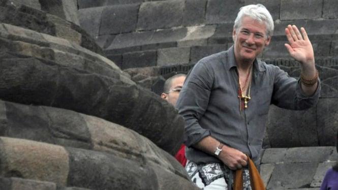 Kunjungan Richard Gere ke Borobudur