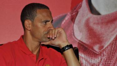 Bek legendaris MU, Rio Ferdinand