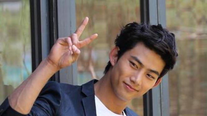 Taecyeon '2PM'
