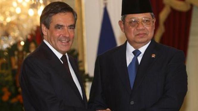 PM Prancis, Francois Fillon, dan Presiden SBY.