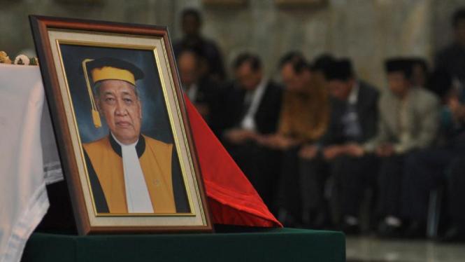 Jenazah Alm. Hakim Agung, Moegiharjo di Mahkamah Agung