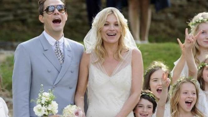 Kate Moss dan Jamie Hince menikah
