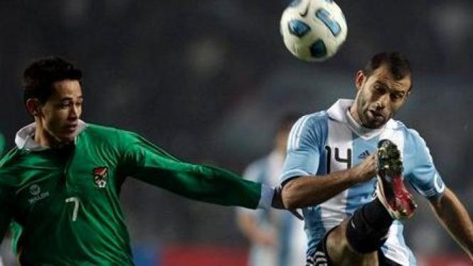 Javier Mascherano (Argentina/kanan)