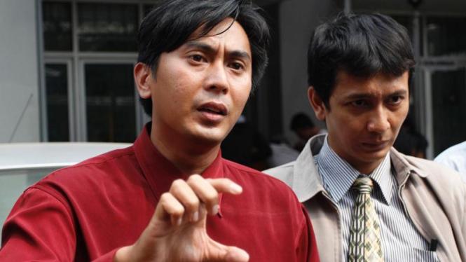 Virza Roy Hizzal Pengacara Randy dan Dian dalam kasus Penjualan Ipad