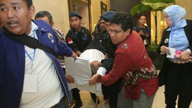 Mantan anggota DPR RI dari Fraksi Demokrat, Achmad Fauzi, meninggal