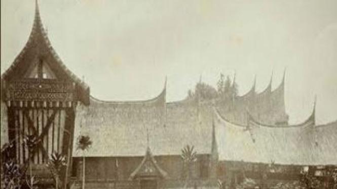 Rumah Raja Alam