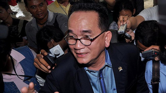 Ruhut Sitompul & Tim Kuasa Hukum Anas Urbaningrum (Demokrat)