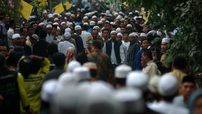 Pemakaman KH Zainuddin MZ