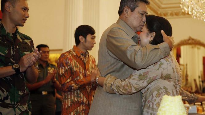 Syukuran Ulang Tahun Ani Yudhoyono di Istana