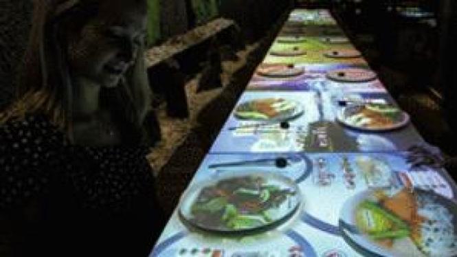 Restoran yang bisa melakukan pemesanan lewat menu virtual