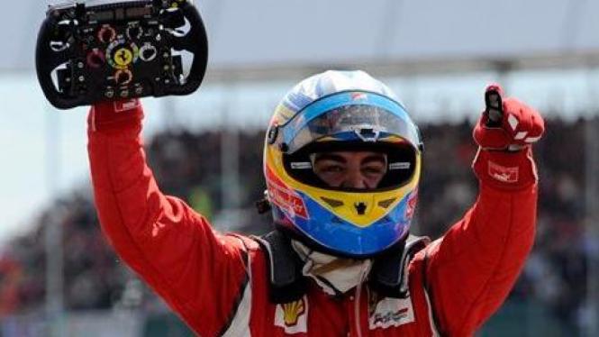 Fernando Alonso juara di GP Inggris