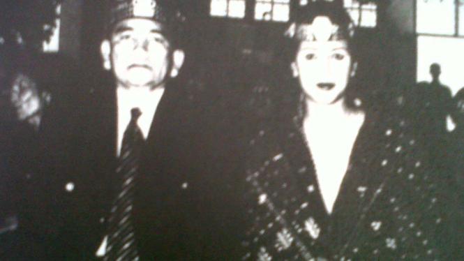 Ruhut Sitompul dan Anna Rudiantiana Legawati