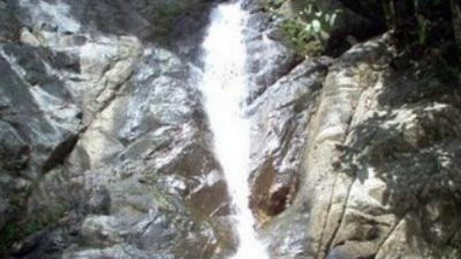 Air Terjun Latuppa