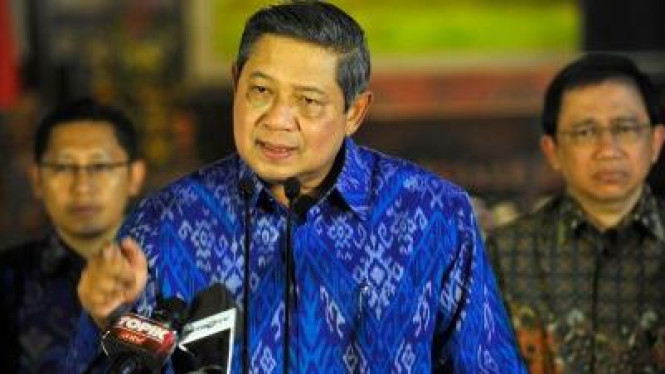 SBY pidato didampingi Marzuki Alie dan Anas Urbaningrum