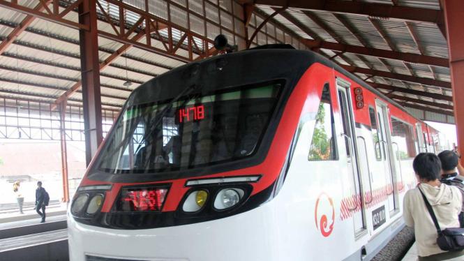 Railbus di Solo